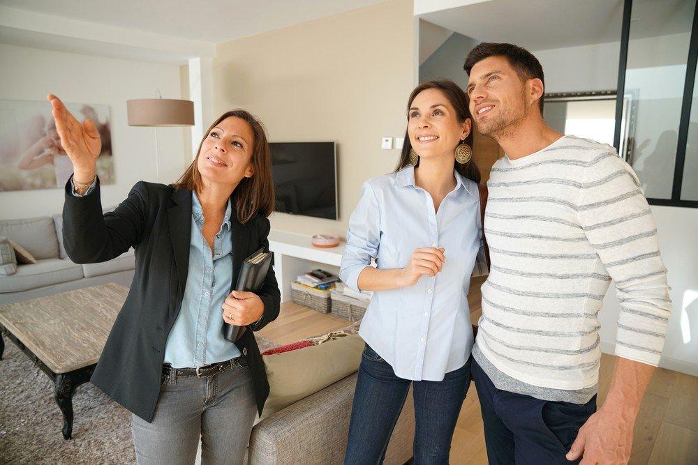 diferencia entre broker y agente inmobiliario